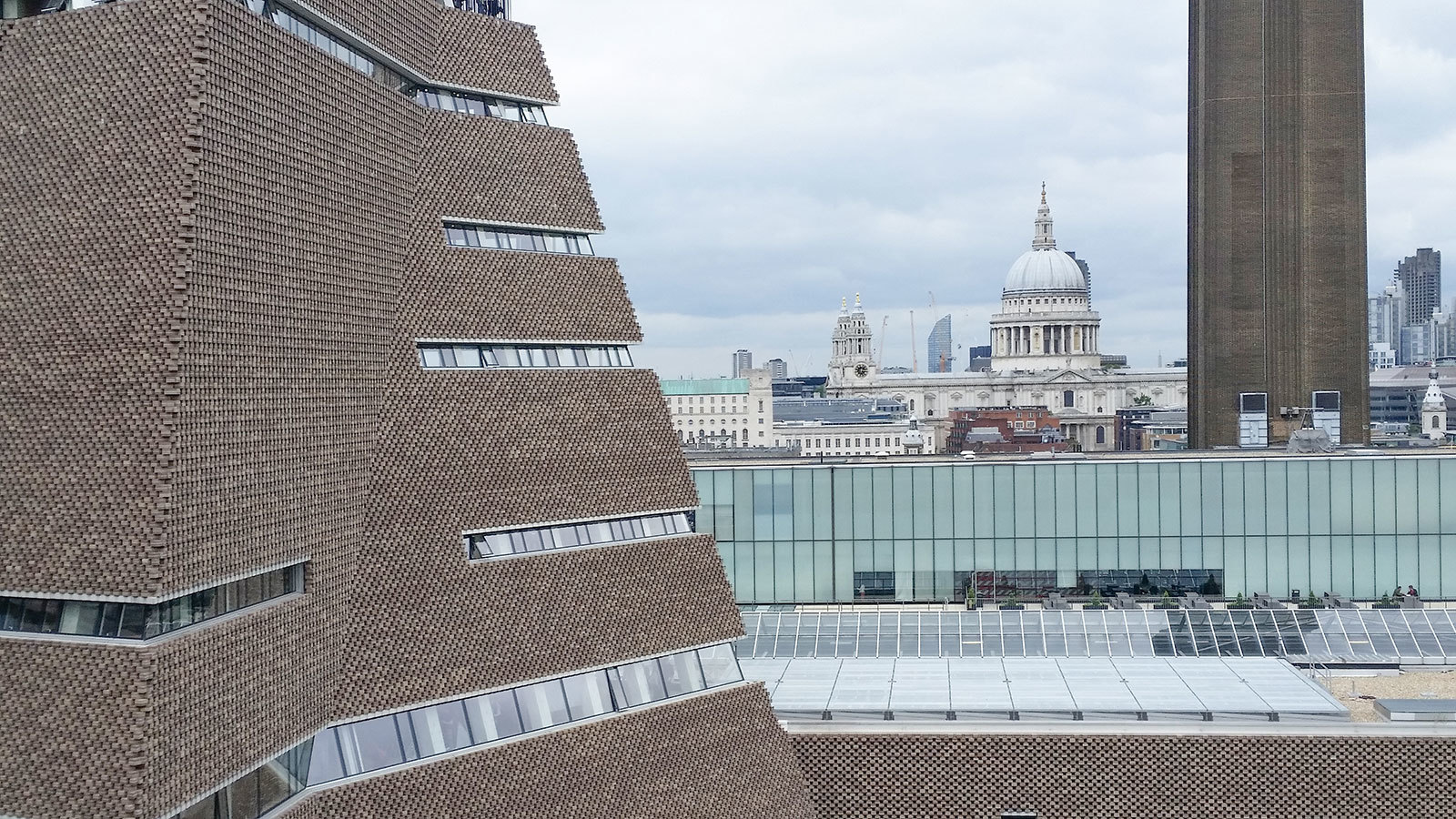 Tate Modern Extension (Abstract)