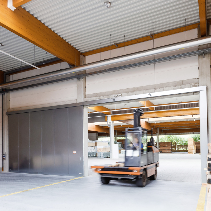 "Fire-resistant Steel Sliding Door T30-1-FSA ""Teckentrup 72 E"" In A Warehouse"
