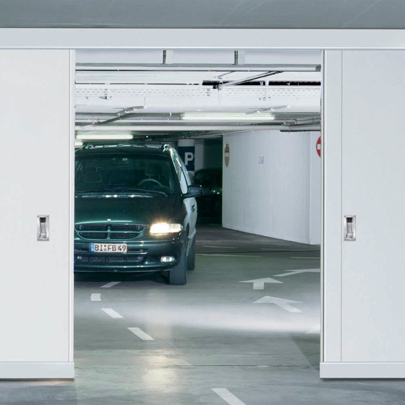 "Fire-resistant steel sliding door T90-2-FSA ""Teckentrup 72 E"" In An Underground Car Park"