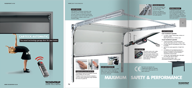Sectional Hinged Brochure Spreads